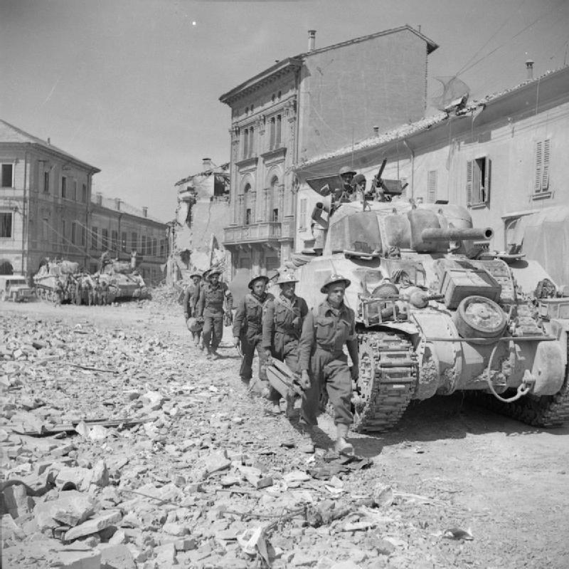 Sherman tanks in Portomaggiore