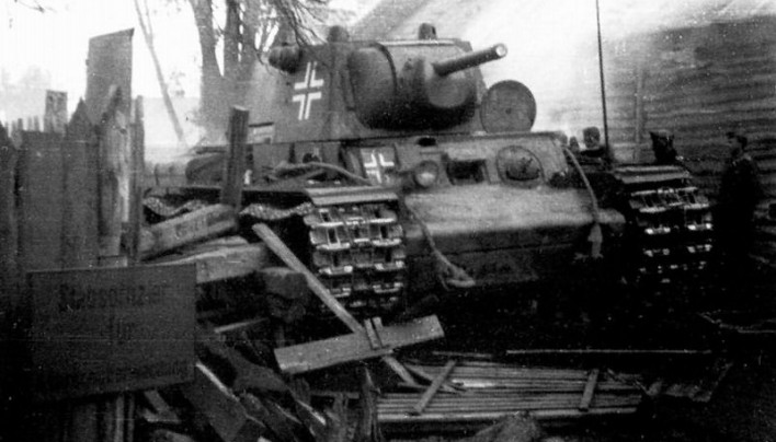 KV-1 Heavy Tank Pictures & Profiles