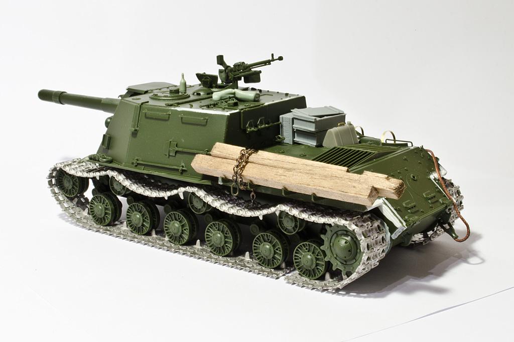 1/35 Tamiya ISU-152 Construction completed